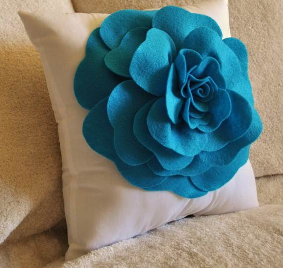 Homemade-Mothers-Day-Ideas-Spring-felt-craft-flower-_491
