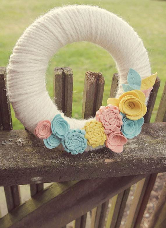 Homemade-Mothers-Day-Ideas-Spring-felt-craft-flower-_74
