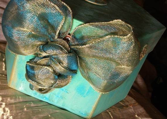 Unique-Easter-Holiday-Gift-Wrapping-Ideas-_15