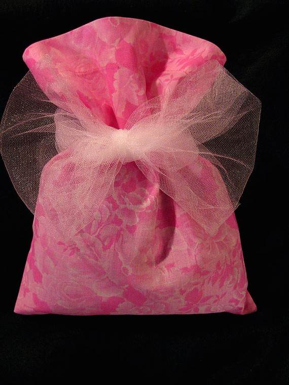 Unique-Easter-Holiday-Gift-Wrapping-Ideas-_24