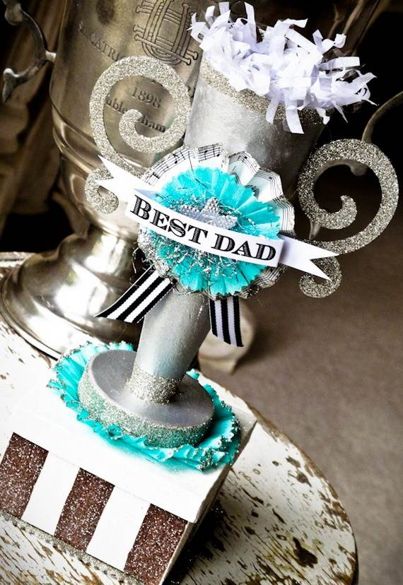 D-sitesHOLIDAYSfather-daycup-cakeCupcake-Decorating-Ideas-On-Fathers-Day-_12
