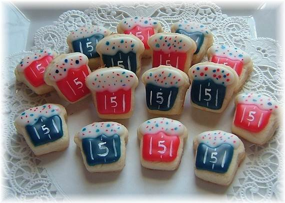 D-sitesHOLIDAYSfather-daycup-cakeCupcake-Decorating-Ideas-On-Fathers-Day-_13