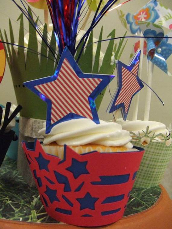 4th-of-July-Cupcakes-Decorating-Ideas-and-Cupcake-Wrappers_28