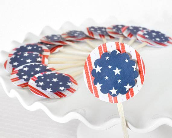4th-of-July-Cupcakes-Decorating-Ideas-and-Cupcake-Wrappers_30