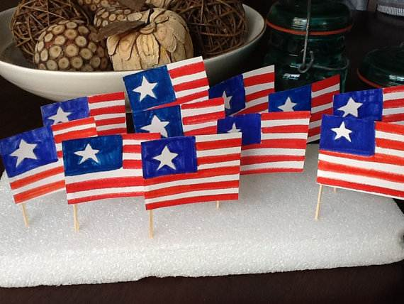 4th-of-July-Cupcakes-Decorating-Ideas-and-Cupcake-Wrappers_45