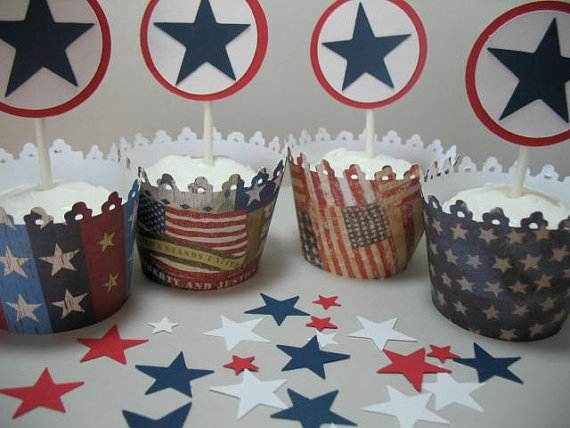 4th-of-July-Cupcakes-Decorating-Ideas-and-Cupcake-Wrappers_49