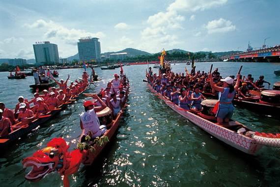 Chinese-Dragon-Boat-Festival-Duanwu-Jie-Origin-History-China-Festival_14