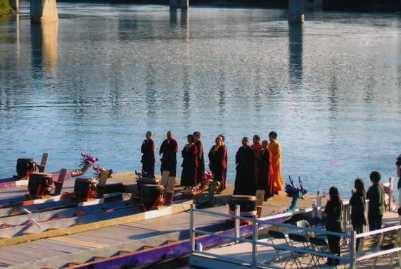 Chinese-Dragon-Boat-Festival-Duanwu-Jie-Origin-History-China-Festival_25