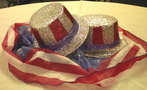 Easy-Table-Decorations-For-4th-of-July-Independence-Day-_50