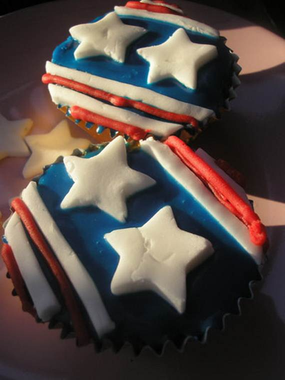 Independence Day Cakes & Cupcakes Decorating Ideas (1)