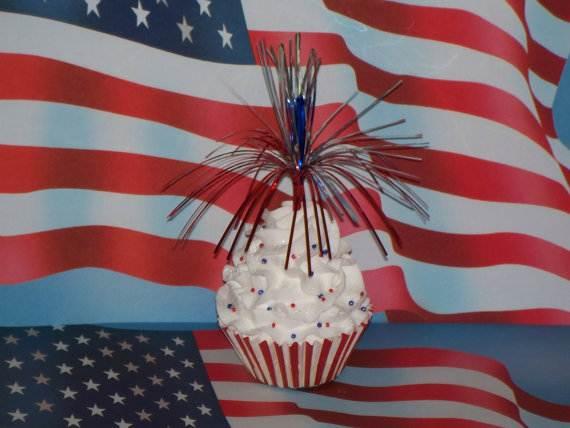 Independence-Day-Cupcake-Patriotic-Theme-Ideas (11)