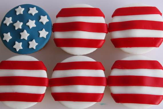 Independence-Day-Cupcake-Patriotic-Theme-Ideas (4)