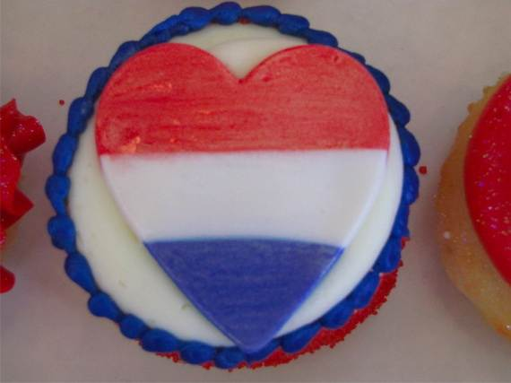 Independence-Day-Cupcake-Patriotic-Theme-Ideas (6)