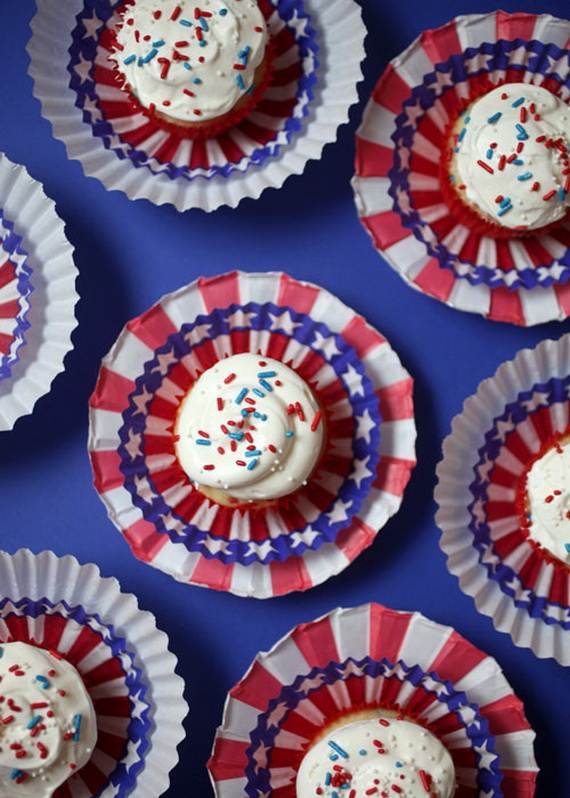 Independence day Cupcakes Decorating Ideas (1)