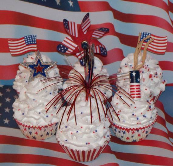 Independence day Cupcakes Decorating Ideas (16)