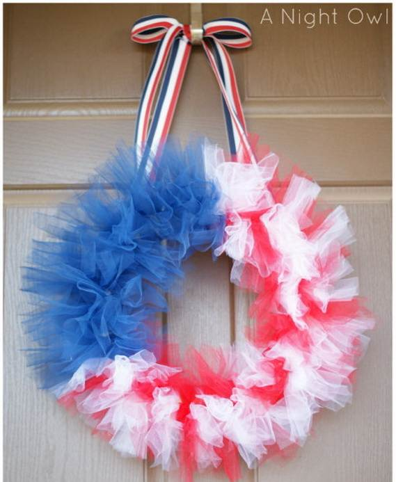 Cool-wreaths-for-Memorial-or-Labor-Day-_06