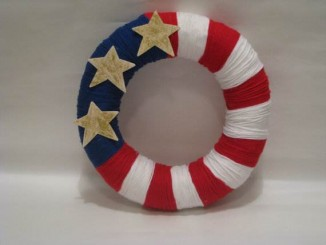 Cool-wreaths-for-Memorial-or-Labor-Day-_17