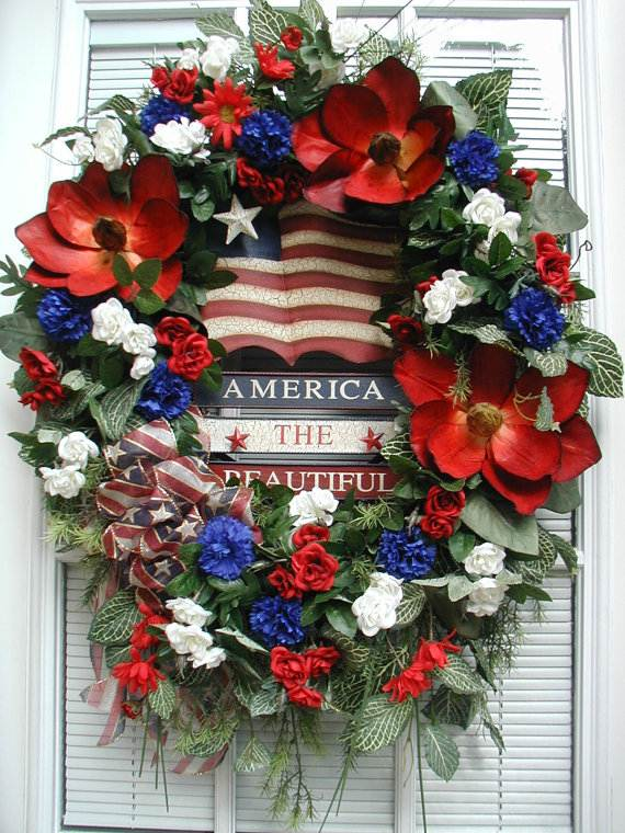 Cool-wreaths-for-Memorial-or-Labor-Day-_33