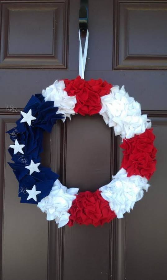Cool-wreaths-for-Memorial-or-Labor-Day-_34