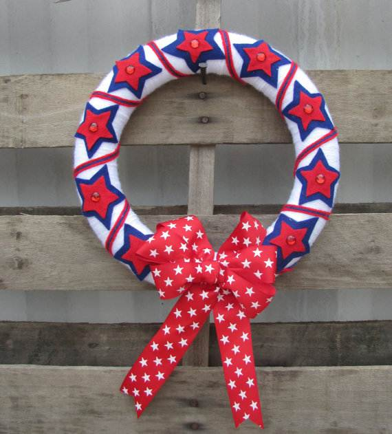 Decorative_-Labor-_Day_-Wreaths_-Entry-Door_-Ideas-__06
