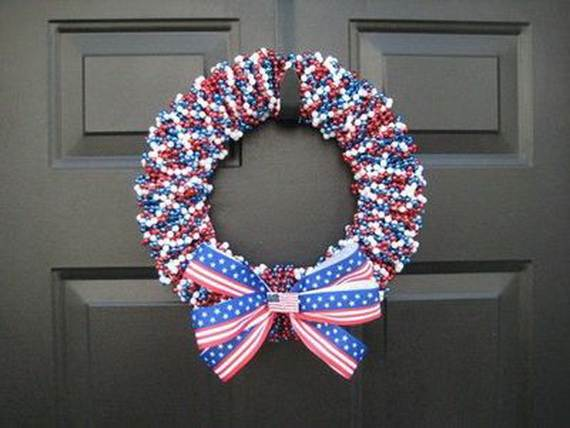 Decorative_-Labor-_Day_-Wreaths_-Entry-Door_-Ideas-__24