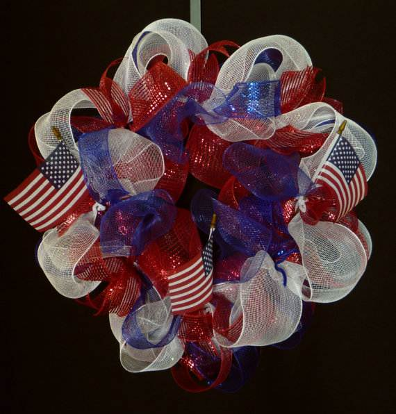 Easy_-Patriotic-_Wreaths-_for_-Labor_-Day-_Holiday_-_17