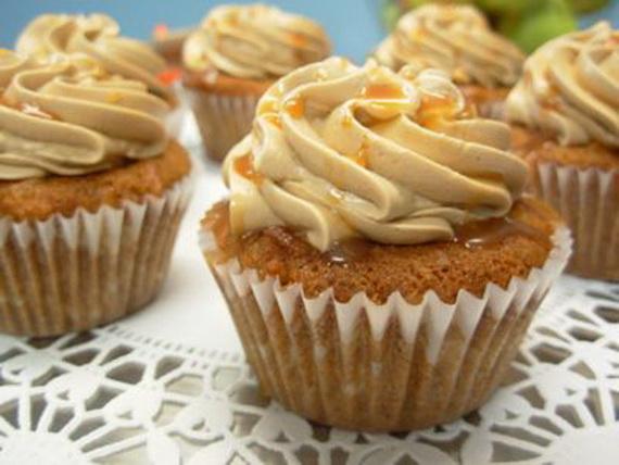 Jewish Apple Cake Cupcakes