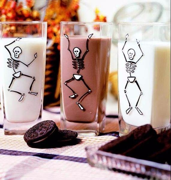 50 great halloween fireplace mantel decorating ideas 3 - Halloween Mantel Decorations