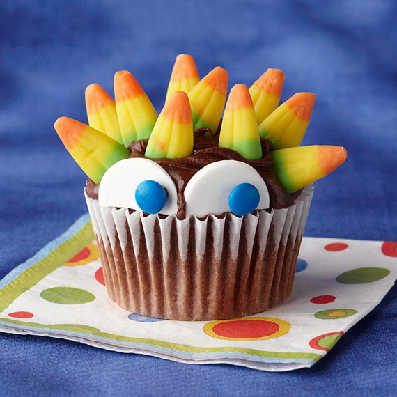 Best creative decorating ideas for halloween cupcakes for Creative cupcake recipes and decorating ideas