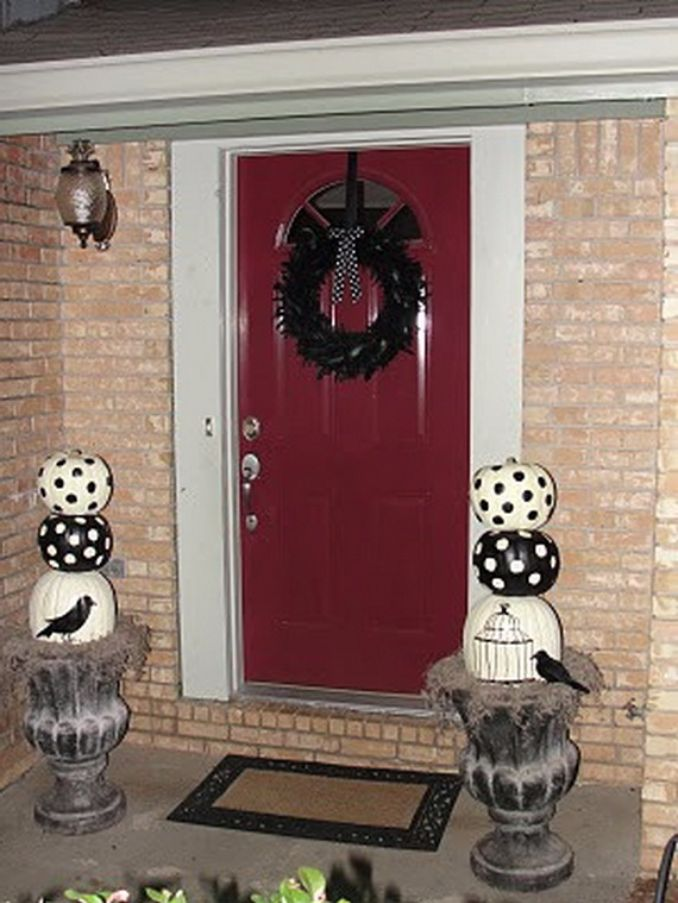 Cool-Outdoor-Halloween-Decorations-2012-Ideas_021