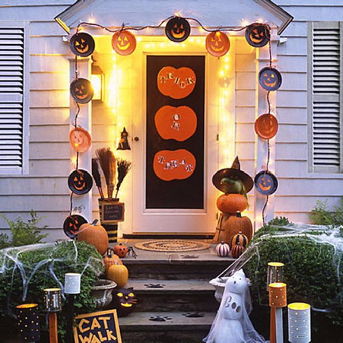 Cool-Outdoor-Halloween-Decorations-2012-Ideas_401