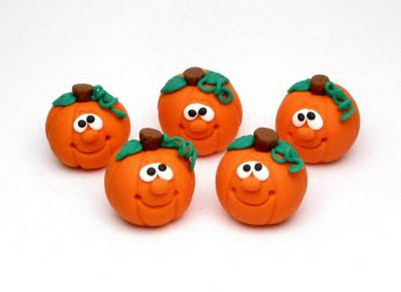 Easy_-Halloween_-Polymer_-Clay_-Ornament-_Projects__12