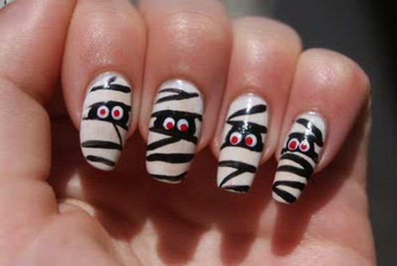 Elegant Halloween nail art designs | Guide to family holidays