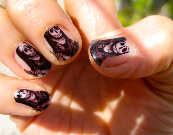 Beautiful day of the dead nail art designs family holiday related posts 30 mexican day of the dead prinsesfo Images