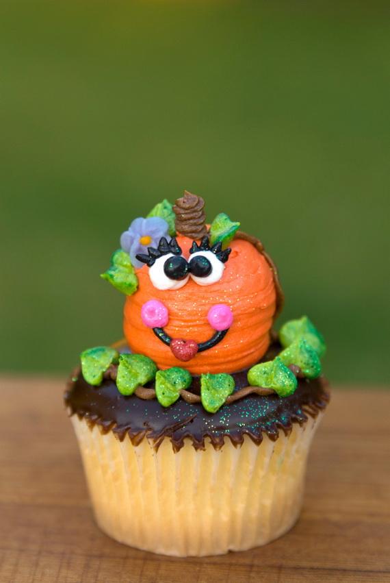 Easy Thanksgiving Cupcake Decorating Ideas