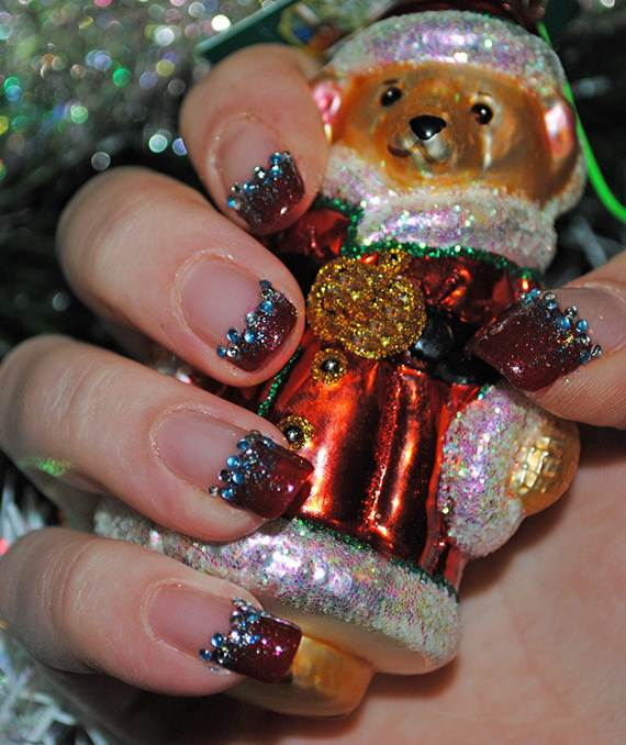 Best-Easy-Simple-Christmas-Nail-Art-designs-Ideas_19