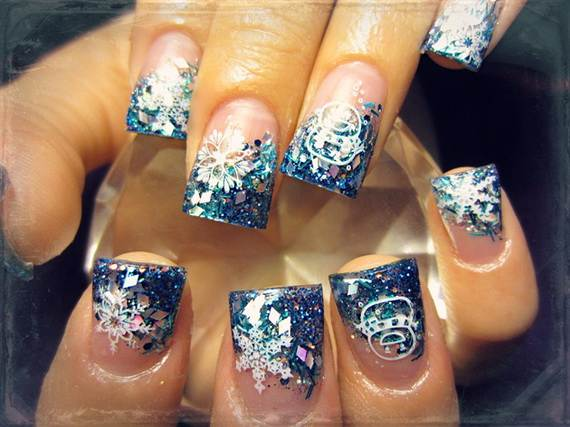 Best-Easy-Simple-Christmas-Nail-Art-designs-Ideas_37