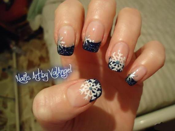 Best-Easy-Simple-Christmas-Nail-Art-designs-Ideas_39