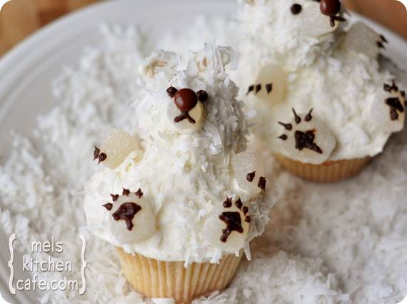 Easy-Christmas-Cupcake-designs-and-Decorating-Ideas_15
