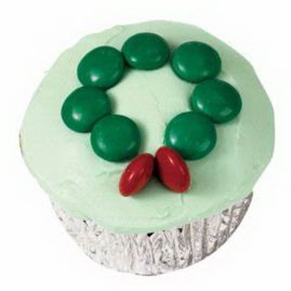 Easy-Christmas-Cupcake-designs-and-Decorating-Ideas_25