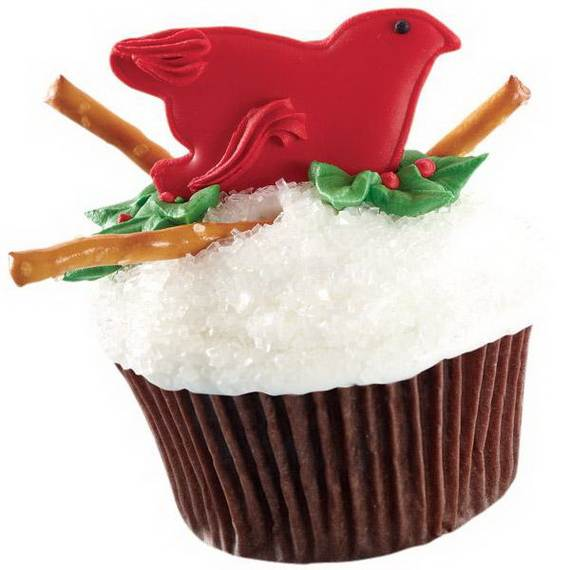 Easy-Christmas-Cupcake-designs-and-Decorating-Ideas_36