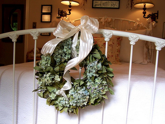 Elegant Interior Theme Christmas Bedroom Decorating Ideas_62