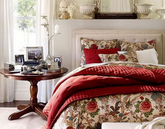 Elegant Interior Theme Christmas Bedroom Decorating Ideas_74