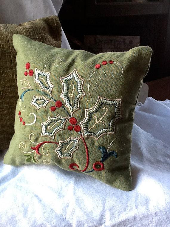 Gorgeous handmade christmas pillow inspiration family