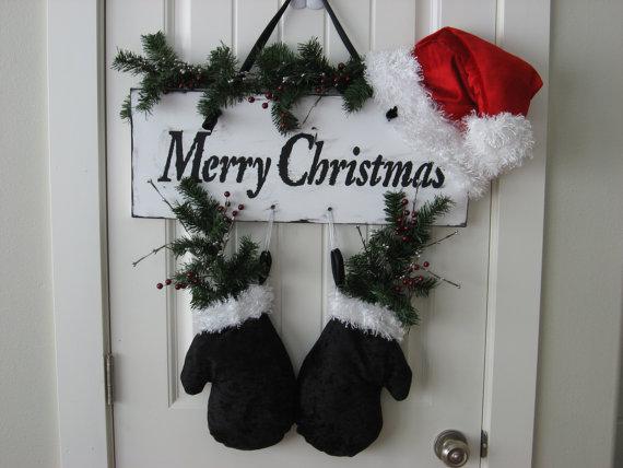 Homemade Christmas Door Hanger Decoration Ideas  family holiday