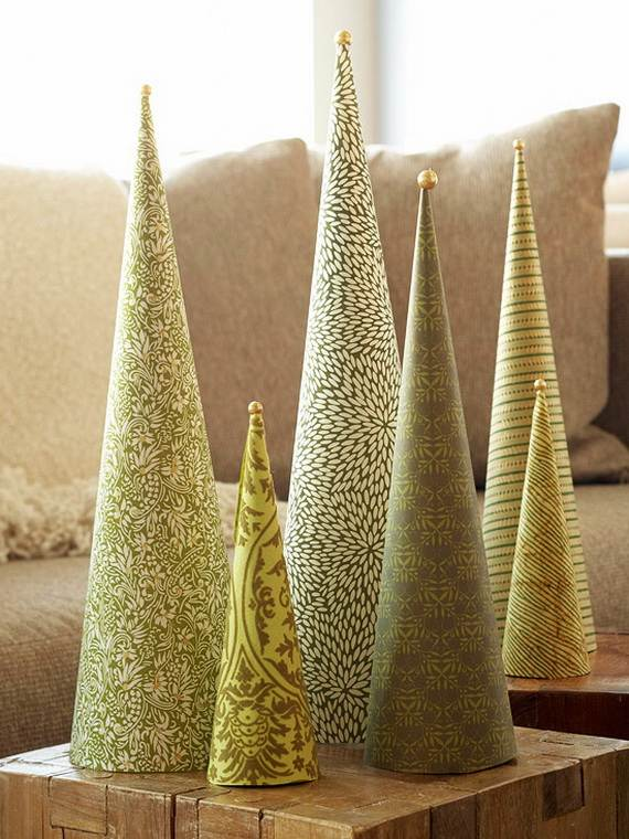 miniature-tabletop-christmas-tree-decorating-ideas_042