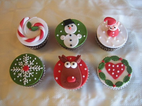 Christmas Cupcake Decorating Ideas Pinterest : The Cutest Christmas Cupcake Ideas Ever - family holiday ...