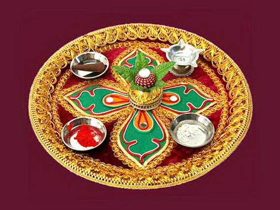 Diwali decoration ideas top diwali rangoli designs for Aarti thali decoration with rice