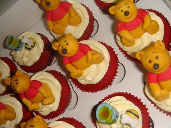 Winnie-the-Pooh-Cake-and-Cupcakes-Decorating-Ideas_14