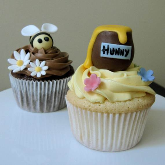 Winnie-the-Pooh-Cake-and-Cupcakes-Decorating-Ideas_33